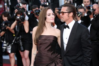 Image of Angelina Jolie and Brad Pitt via Twocoms/Shutterstock