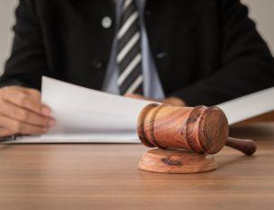 lawyer via create jobs 51/shutterstock