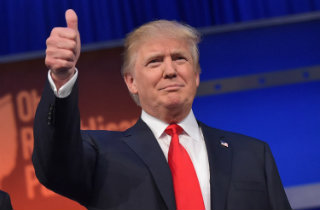 Donald Trump thumbs up (Wikimedia Commons)