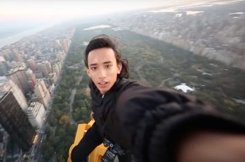 NYC skyscraper stunt Casquejo via screengra