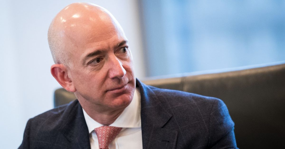 Amazon 'likely to succeed in cloud deal challenge — International Business