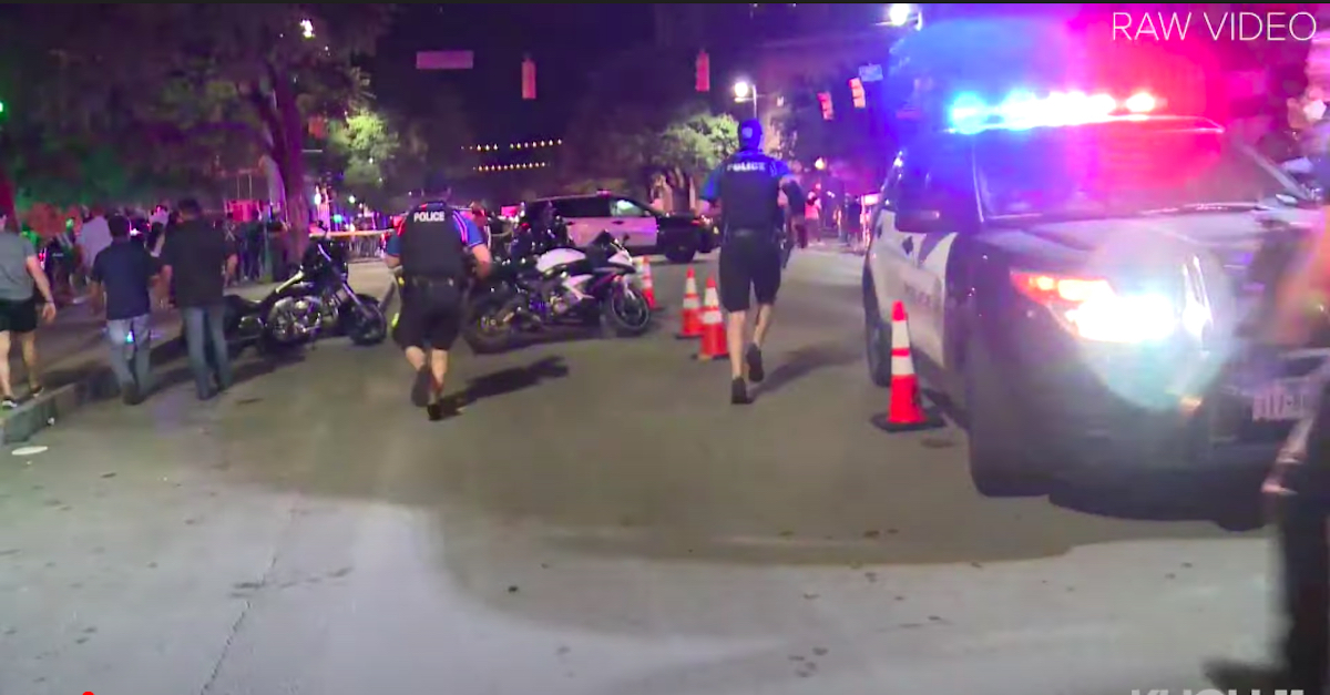 Police and EMS treating victims following mass shooting in Austin, Texas. Via KHOU