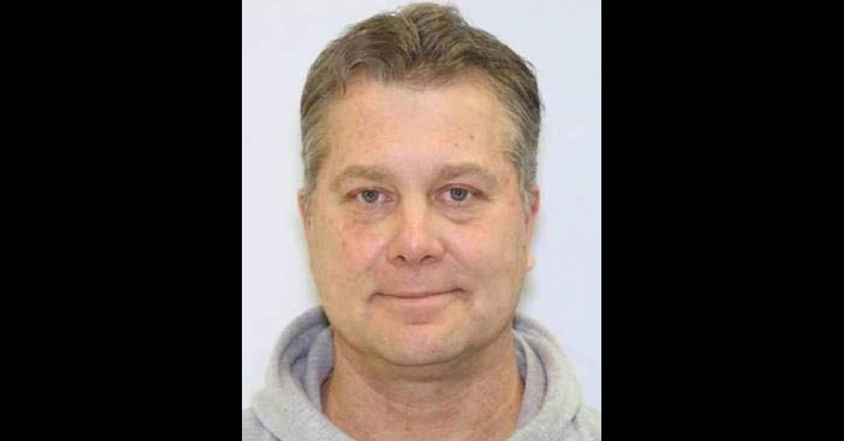 Robert Maurice Reeder appears in a Maryland driver's license photo embedded within federal court documents.