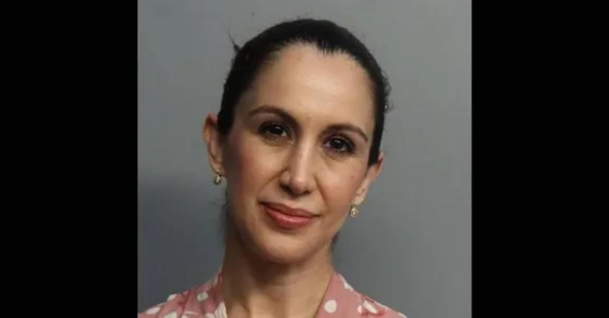 Cô giáo Thảo bang FL Heiry-Calvi-via-Miami-Dade-County-Jail