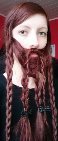 woman-braids-dwarf-beard