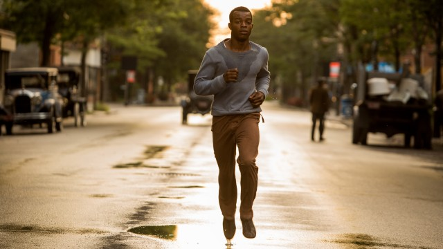 Stephan James as Jesse Owens in a scene from RACE.