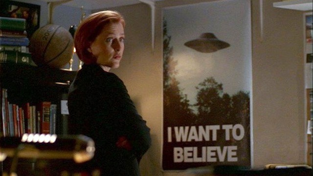 Scully and UFO poster in the X-Files