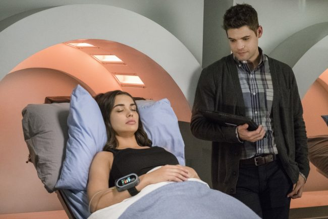 "image: Michael Courtney/The CW Supergirl -- ""Wake Up"" Pictured (L-R): Amy Jackson as Irma/Saturn Girl and Jeremy Jordan as Winn Schott-- © 2017 The CW Network, LLC. All Rights Reserved"