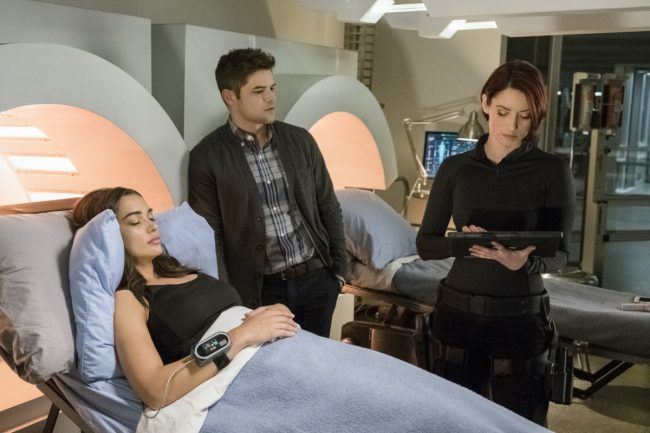 "image: Michael Courtney/The CW Supergirl -- ""Wake Up"" Pictured (L-R): Amy Jackson as Irma/Saturn Girl, Jeremy Jordan as Winn Schott, and Chyler Leigh as Alex Danvers -- © 2017 The CW Network, LLC. All Rights"