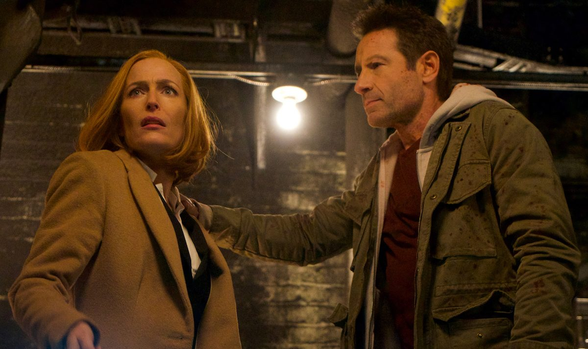 """Gillian Anderson and David Duchovny as Scully and Mulder in """"My Struggle IV"""""""