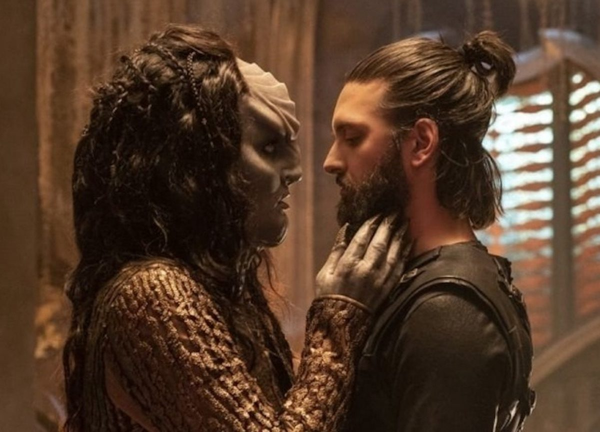 Ash Tyler and L'Rell on Star Trek Discovery