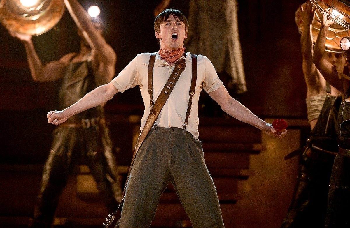 NEW YORK, NEW YORK - JUNE 09: Reeve Carney and the cast of Hadestown perform onstage during the 2019 Tony Awards at Radio City Music Hall on June 9, 2019 in New York City. (Photo by Theo Wargo/Getty Images for Tony Awards Productions)