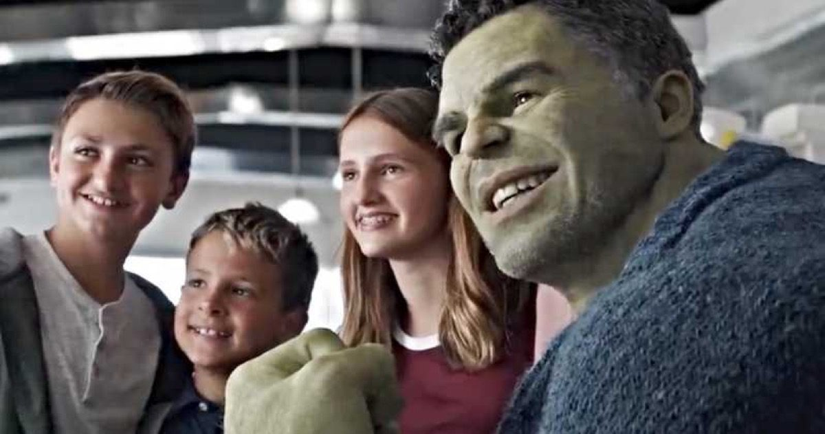 Professor Hulk poses for a picture with kids in Marvel's Avengers: Endgame.