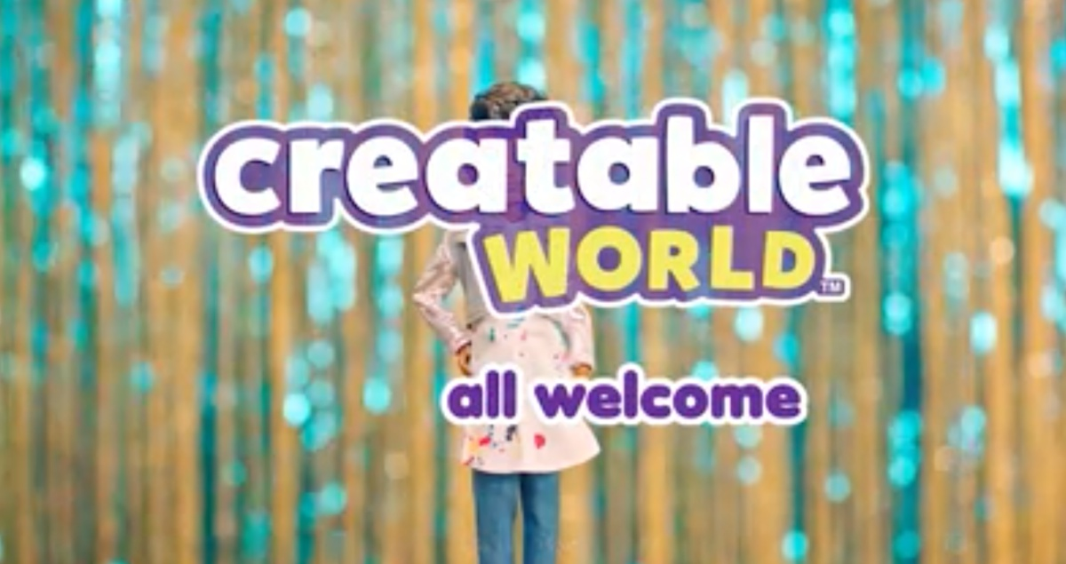 Creatable world created non-binary dolls