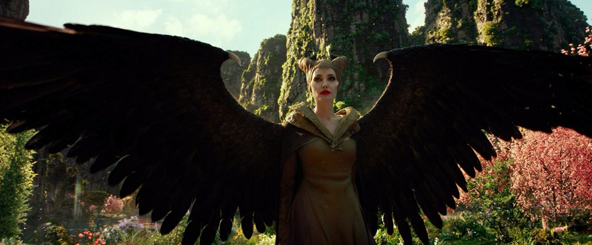 Angelina Jolie in Maleficent- Mistress of Evil (2019)