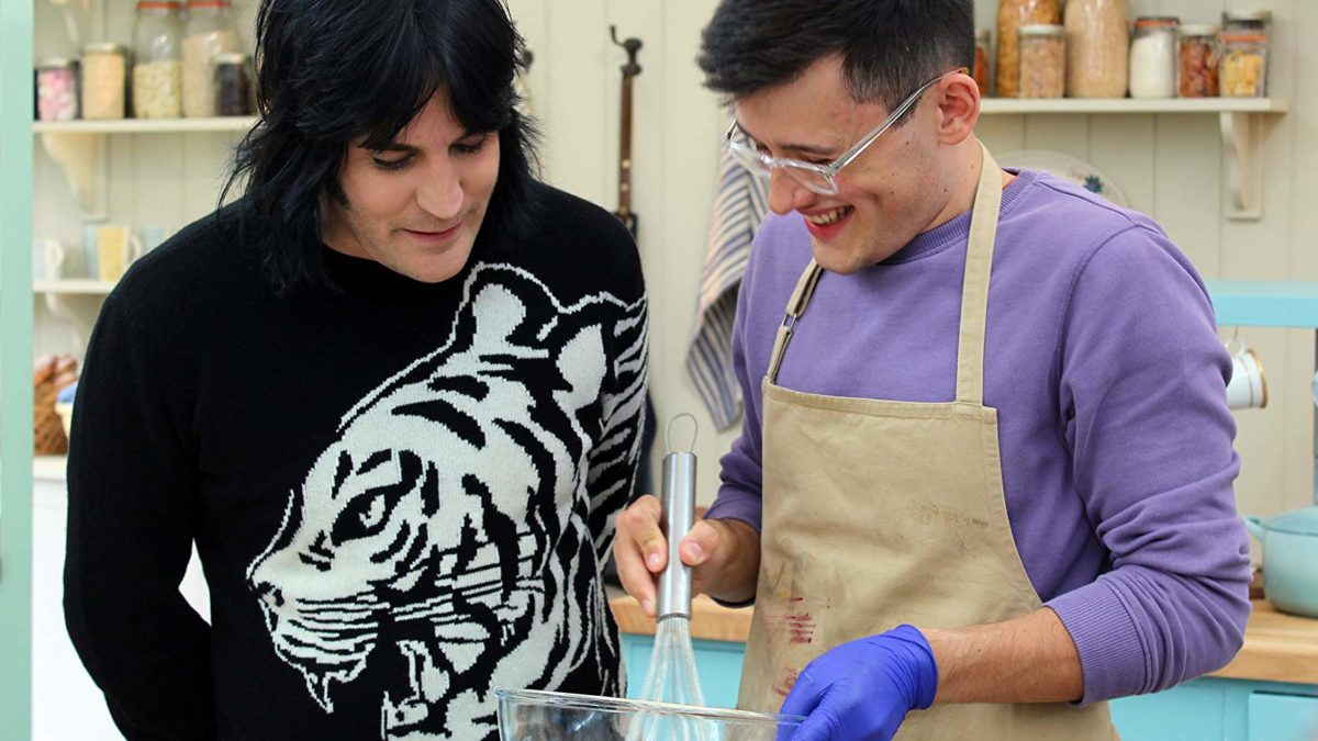 Noel Fielding in his Cake Week tiger sweater