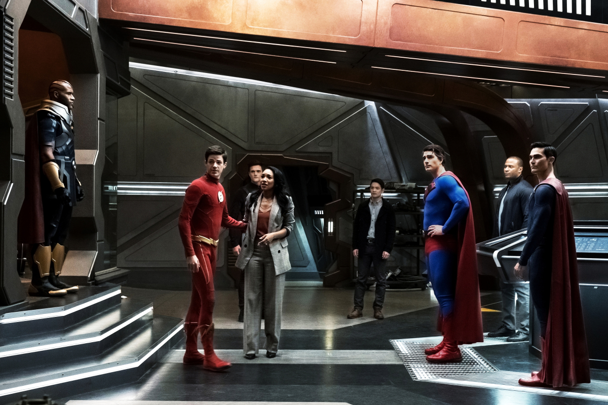 """The Flash -- """"Crisis on Infinite Earths: Part Three"""" -- Image Number: FLA609a_0007b3.jpg -- Pictured (L-R): LaMonica Garret as The Monitor, Grant Gustin as Barry Allen/The Flash, Hartley Sawyer as Dibny/Elongated Man, Candice Patton as Iris West - Allen, Osric Chau as Ryan Choi, Brandon Routh as Superman, David Ramsey as John Diggle/Spartan and Tyler Hoechlin as Superman -- Photo: Katie Yu/The CW -- © 2019 The CW Network, LLC. All Rights Reserved."""