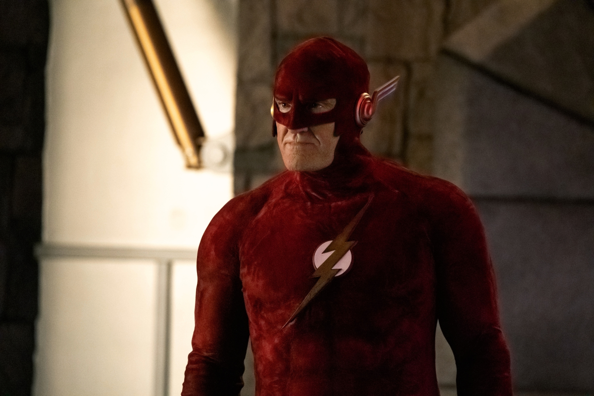 """The Flash -- """"Crisis on Infinite Earths: Part Three"""" -- Image Number: FLA609b_0422b.jpg -- Pictured: John Wesley Shipp as Flash 90 -- Photo: Katie Yu/The CW -- © 2019 The CW Network, LLC. All Rights Reserved."""