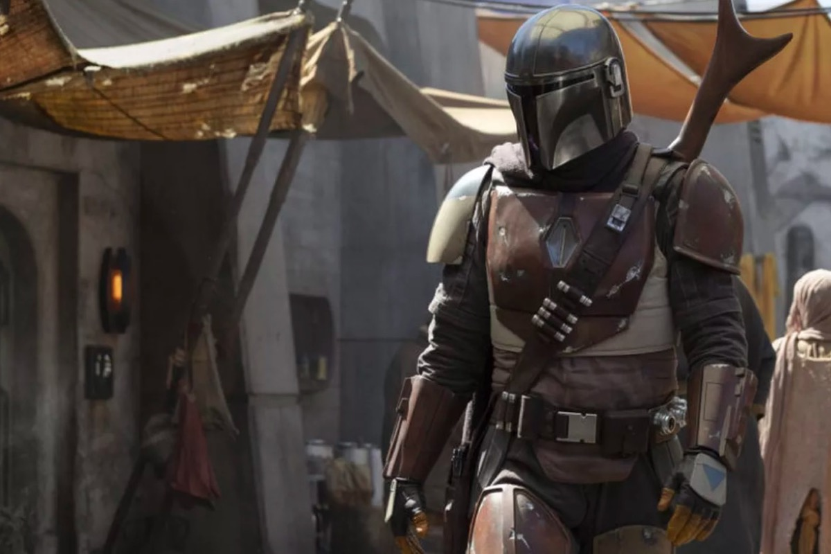 The titular Mandalorian in Disney+'s The Mandalorian.