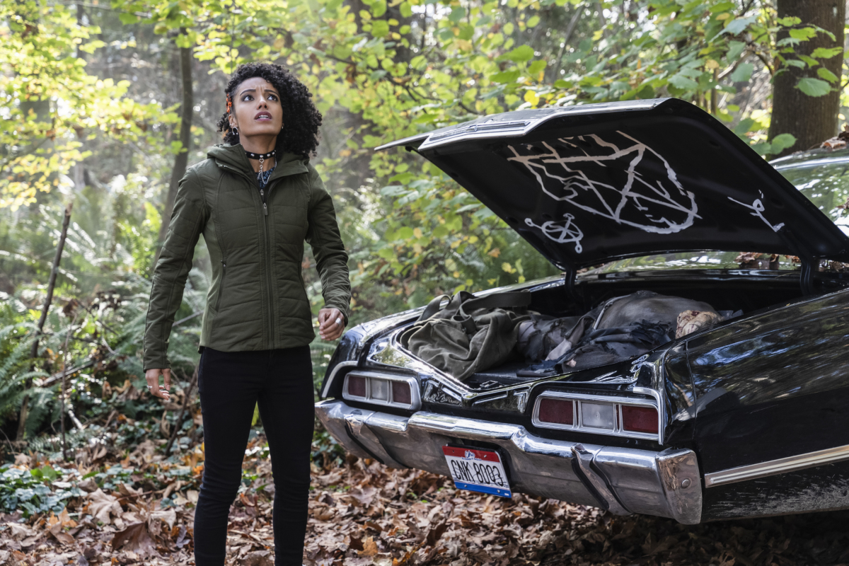 """Legends of Tomorrow -- """"Zari Not Zari"""" -- Image Number: LGN509b_0326b.jpg -- Pictured: Maisie Richardson-Sellers as Charlie -- Photo: Michael Courtney/The CW -- © 2020 The CW Network, LLC. All Rights Reserved."""