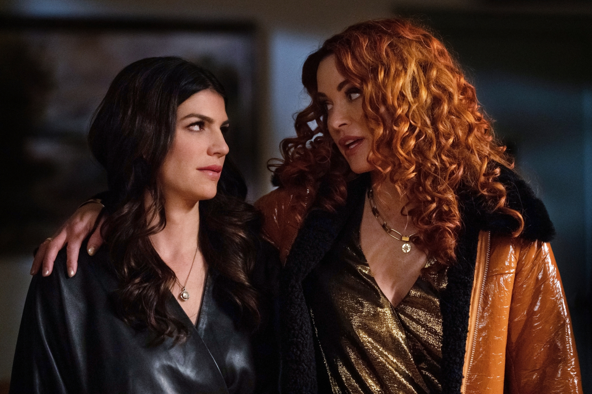"Supernatural -- ""Destiny's Child"" -- Image Number: SN1513b_0390b.jpg -- Pictured (L-R): Genevieve Padalecki as Ruby and Danneel Ackles as Jo -- Photo: Katie Yu/The CW -- © 2020 The CW Network, LLC. All Rights Reserved."