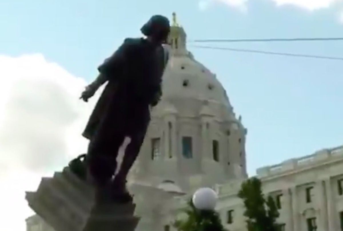 Racist statue being torn down.