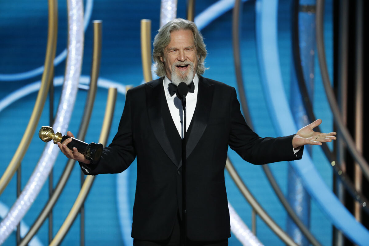 Jeff Bridges accepting his Golden Globe