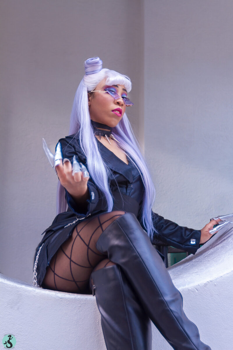 PaperMoon02 cosplaying Evelynn