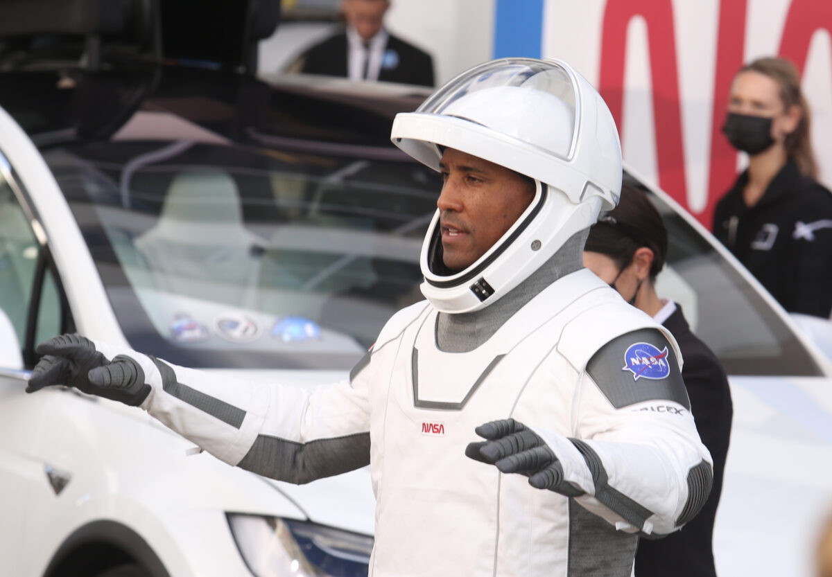 CAPE CANAVERAL, FL - NOVEMBER 15: NASA astronaut Victor Glover waves to family members after walking out of the Operations and Checkout Building on his way to the SpaceX Falcon 9 rocket with the Crew Dragon spacecraft on launch pad 39A at the Kennedy Space Center on November 15, 2020 in Cape Canaveral, Florida. This will mark the second astronaut launch from U.S. soil by NASA and SpaceX and the first operational mission named Crew-1 to the International Space Station. (Photo by Red Huber/Getty Images)