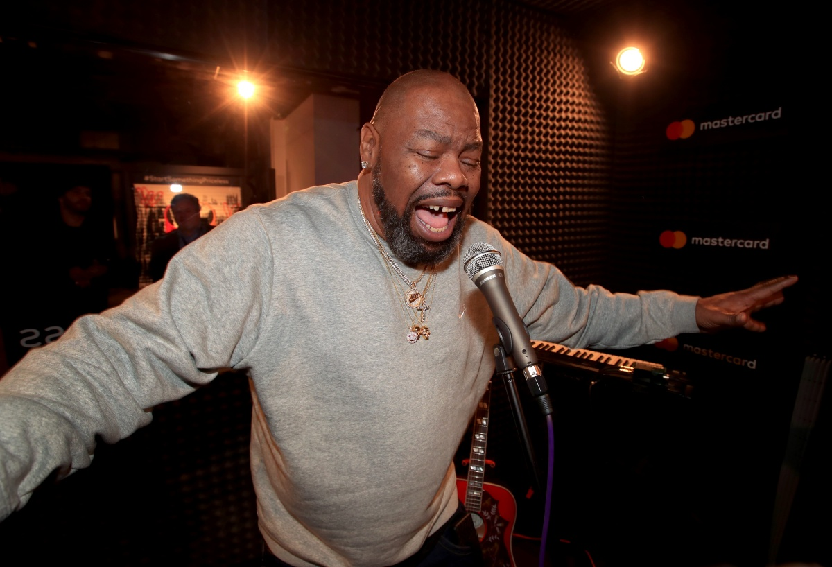NEW YORK, NY - JANUARY 25: Biz Markie in recording studio during #TBT Night Presented By Buzzfeed at Mastercard House on January 25, 2018 in New York City. (Photo by Christopher Polk/Getty Images for Mastercard)