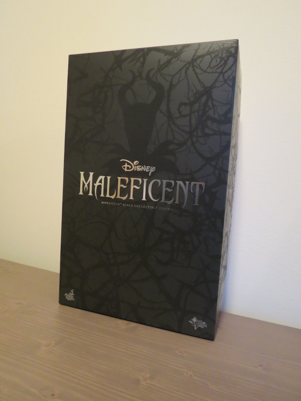 Maleficent Sixth Scale Figure by Hot Toys